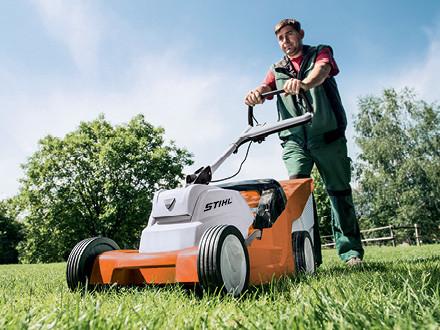 The New Stihl Rma 410 C Cordless Lawn Mower